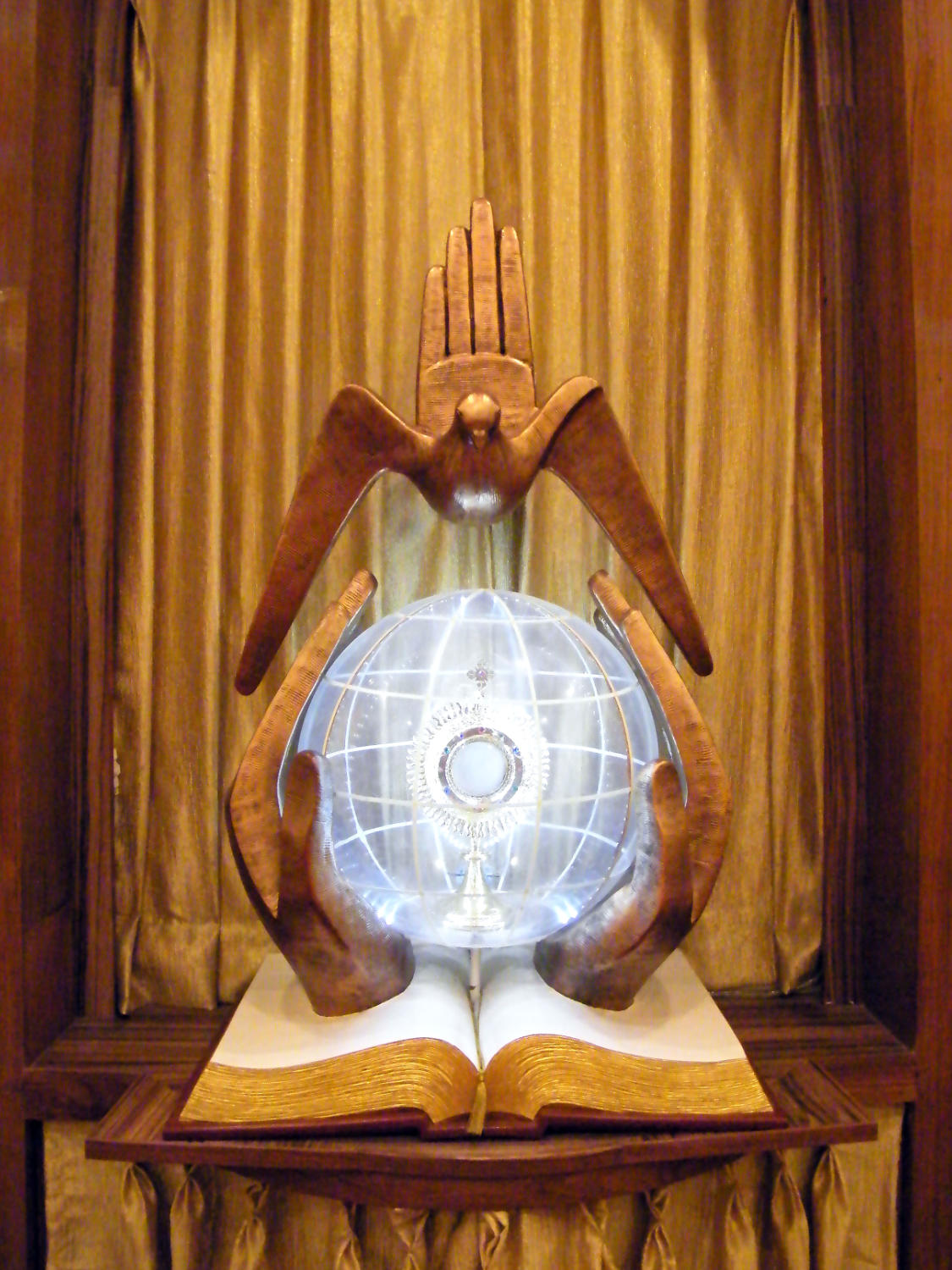 Tabernacle in the chapel at Divine Word Seminary, Representation of the Trinity